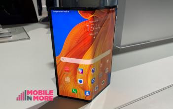 مراجعه هاتف Huawei Mate Xs