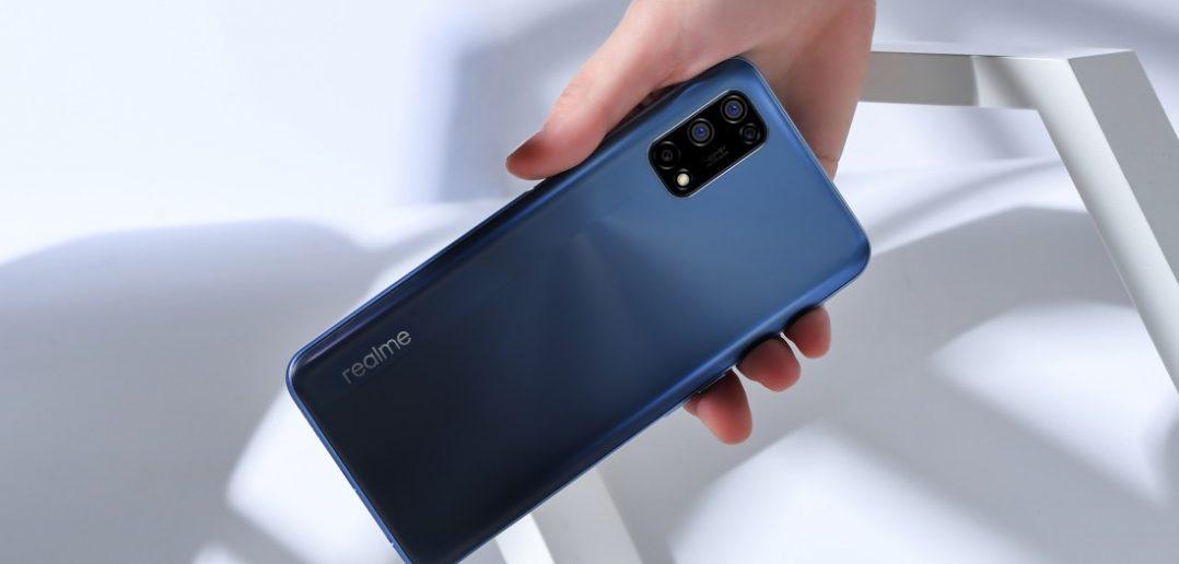 تم الإعلان عن Realme 7 5G مع Dimensity 800U و 120 هرتز LCD