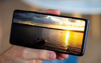 هاتف Xiaomi Mi 10T Lite 5G قيد المراجعة