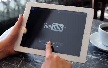 كيف تصنع قناة على اليوتيوب على الكمبيوتر